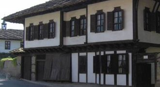 Специализиран музей за резбарско и зографско изкуство