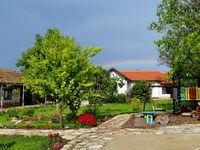 Къща за гости Левана