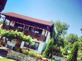 Къща за гости Шалаверовите къщи