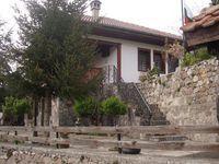 Къща за гости Жирова