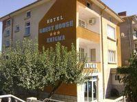 Семеен хотел Енигма