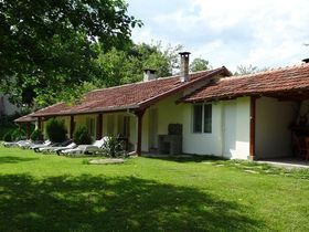 Къща за гости Роден дом