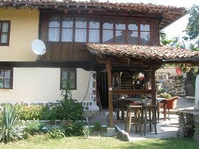 Вила Петровата къща