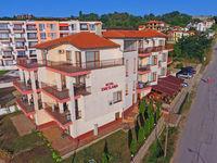 Семеен хотел Светлана