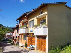 Къща за гости Памир