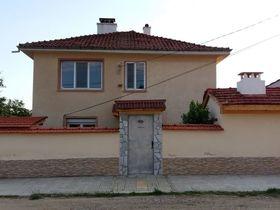 Къща под наем Старосел