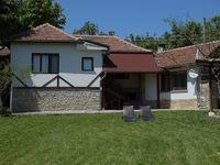 Къща за гости Липите