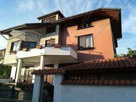 Къща за гости Фамилна къща Ганови