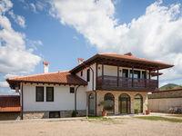 Къща за гости Любомировата къща