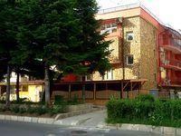 Къща под наем Синева