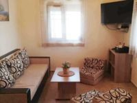 Къща за гости Relaxed Holiday House