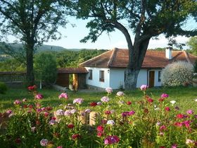 Къща за гости Йована